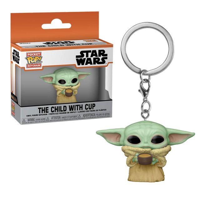 Baby Yoda s hrníčkem - přívěsek na klíče
