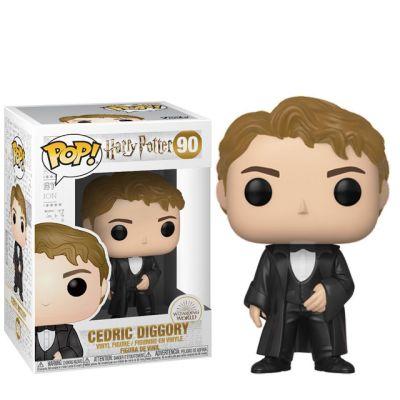 Cedric Diggory v obleku
